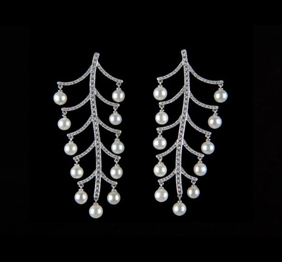Diamond Fresh Water Pearl & 18K Gold Earrings